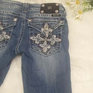 Miss Me Capri Cropped Jeans Size 27 Bling Distress